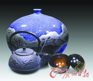 日本非遗手工艺品展出 含九谷烧陶艺等作品(图)